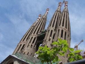 Sagrada Familia in Barcelona by Maradentro_