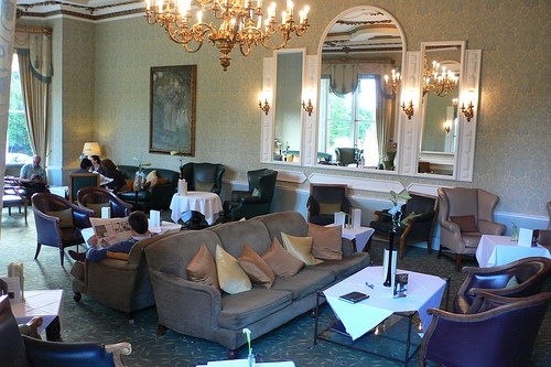 Drawing room at Ettington Park Hotel near Stratford upon Avon Photo: Heatheronhertravels