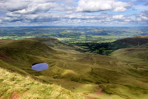 Brecon Beacons in Wales Photo: Andy Coleman on Flickr