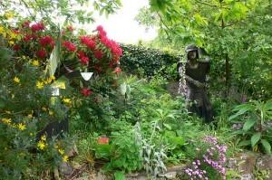 Sculpture at Sausmarez Manor, Guernsey Photo: Heatheronhertravels.com