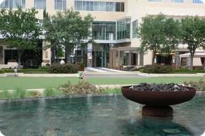 The Plaza, City Centre Houston in front of Hotel Sorella Photo: Heatheronhertravels.com