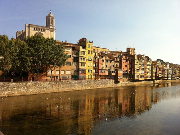 Pretty houses by the river in Girona in Spain Photo: Heatheronhertravels.com