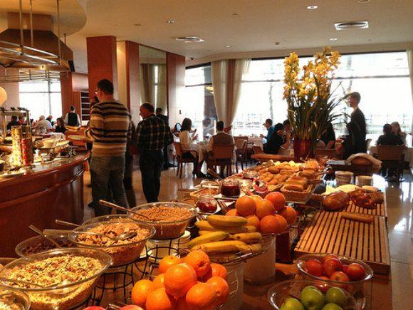 Breakfast at the Intercontinental Hotel, Budapest Photo: Heatheronhertravels.com