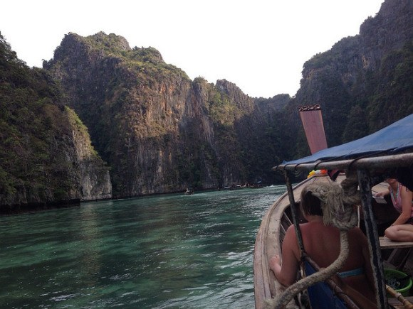 Boating to Ko Phi Phi Island Photo: Heatheronhertravels.com