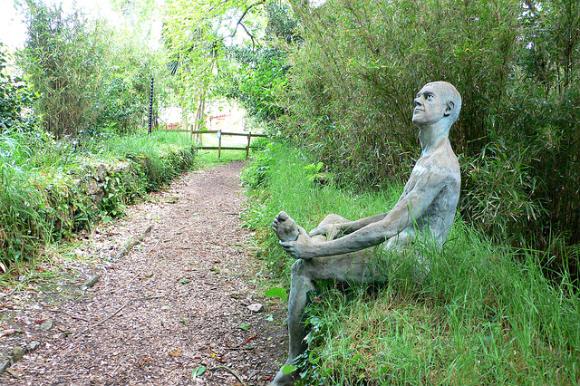 Sculpture at Sausmarez Manor on Guernsey Photo: Heatheronhertravels.com