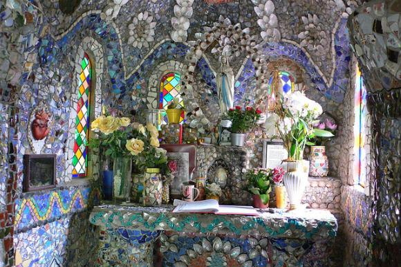 The Little Chapel in Guernsey Photo: Heatheronhertravels.com