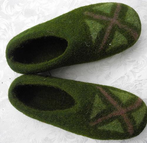 Kozy Felt slippers Photo: Globein.com