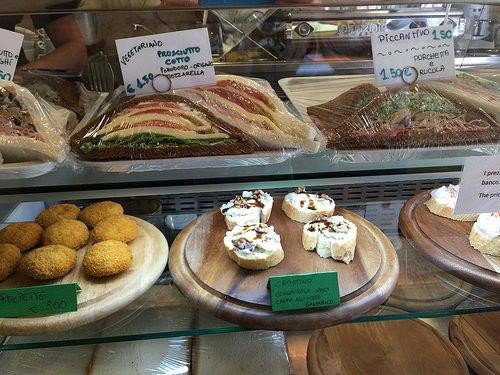 Try the cicchetti or bar snacks in Venice Photo: Heatheronhertravels.com