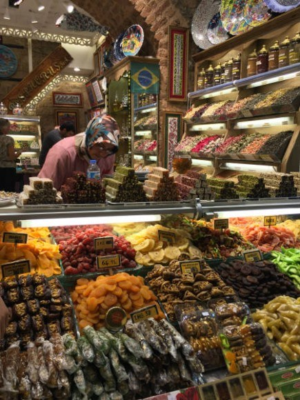 The Spice Market in Istanbul Photo: Heatheronhertravels.com