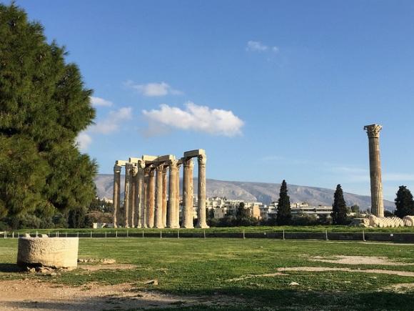 Temple of Olympian Zeus Heatheronhertravels.com