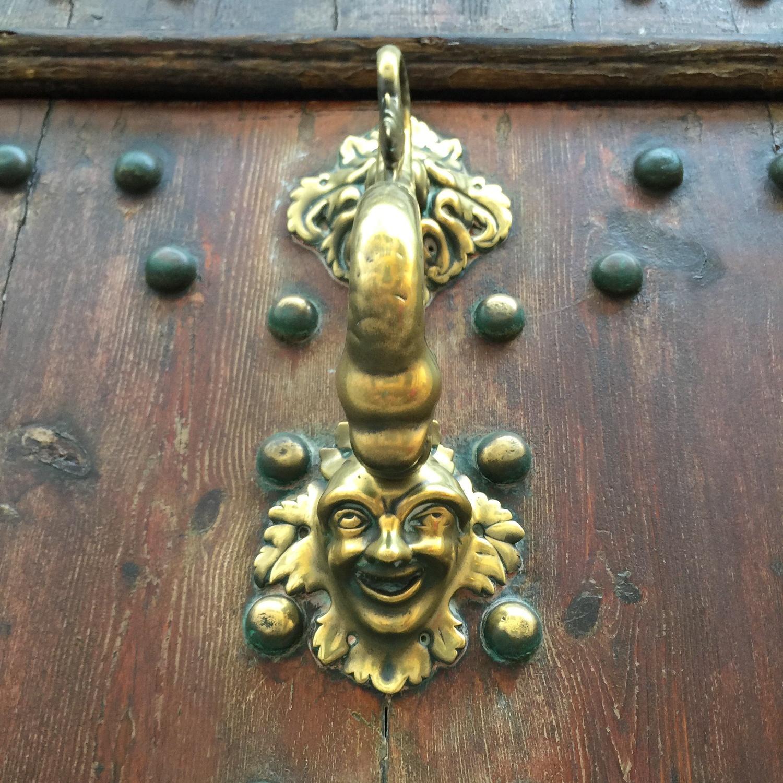 Door knocker in Mahon in Menorca Photo Heatheronhertravels.com