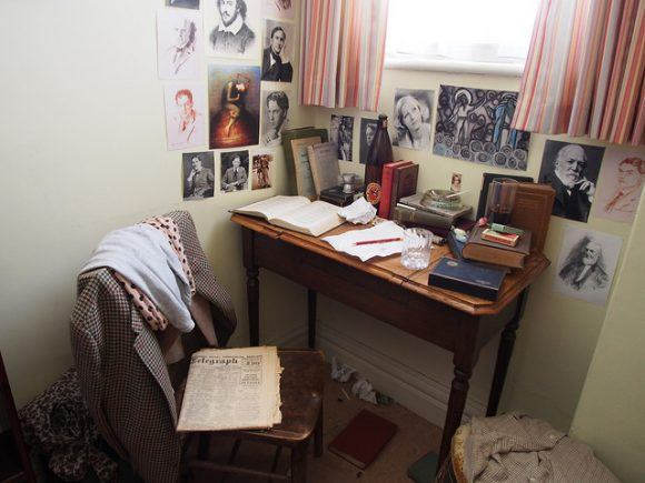 Dylan's bedroom at The Dylan Thomas Birthplace in Swansea Photo: Heatheronhertravels.com