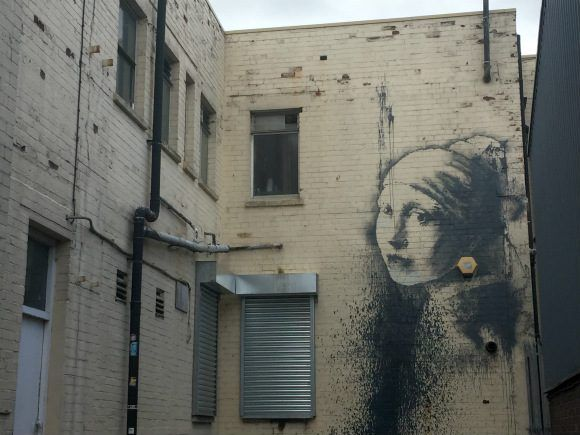 Banksy Girl with the pearl earing