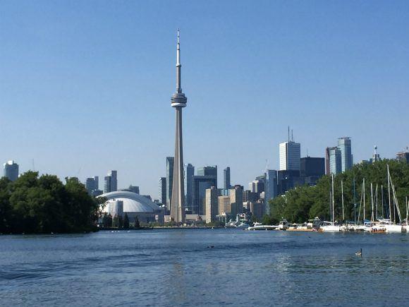 Toronto Skyline Photo: Heatheronhertravels.com