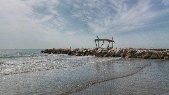 Murazzi on Venice Lido Photo: Antonio Fassina on Flickr