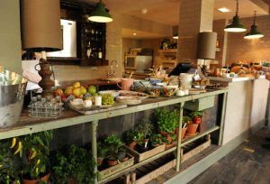 The Pig in The Wall Deli Bar Photo: thepighotel.com