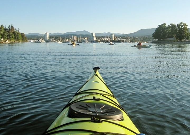 Kayak tour in Nanaimo harbour photo Alberni Outpost