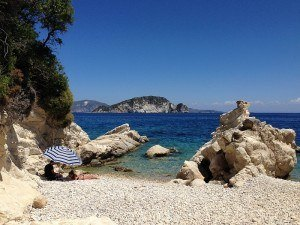 You can easily arrange your own travel in package holiday destinations like Greece
