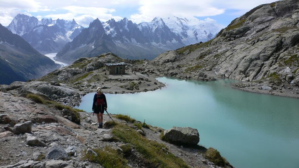 Hiking at Lac Blanc above Chamonix