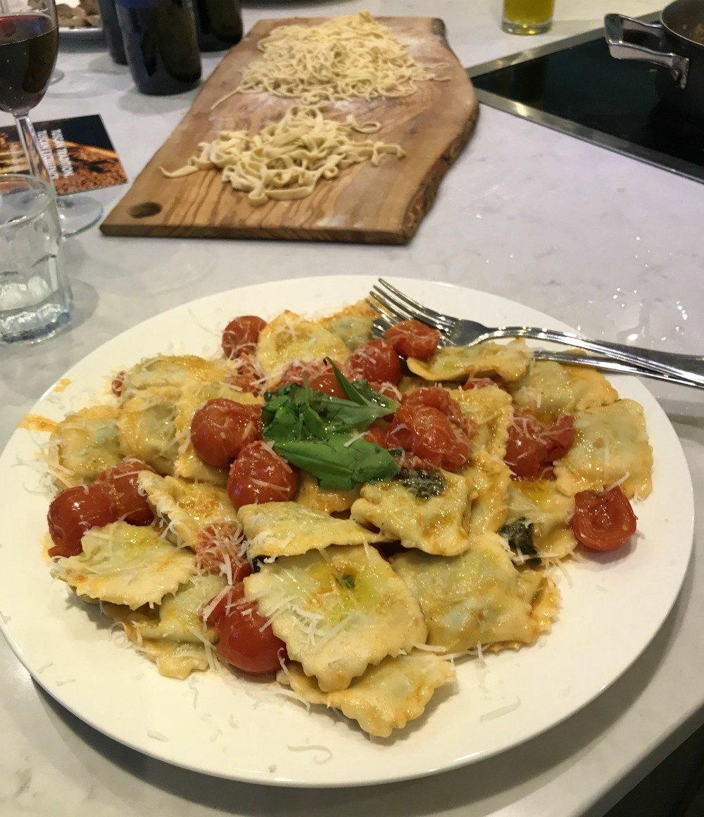 Tuscany food - Ravioli Tuscany recipes Bookgsforyou