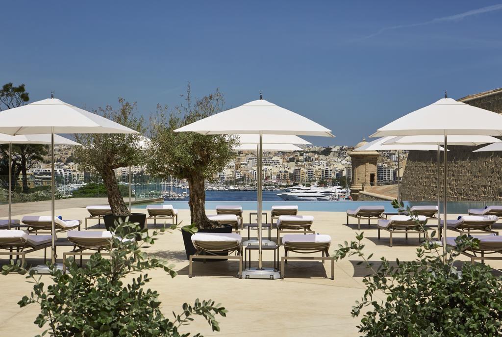 Hotel Phoenicia in Malta