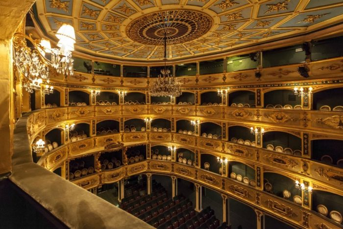 What to see in Valletta Malta in one day - The Manoel Theatre