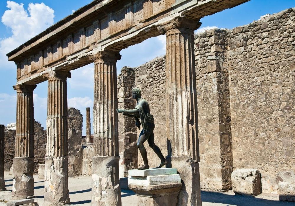 Statue in Pompeii on Travelsphere Amalfi tour