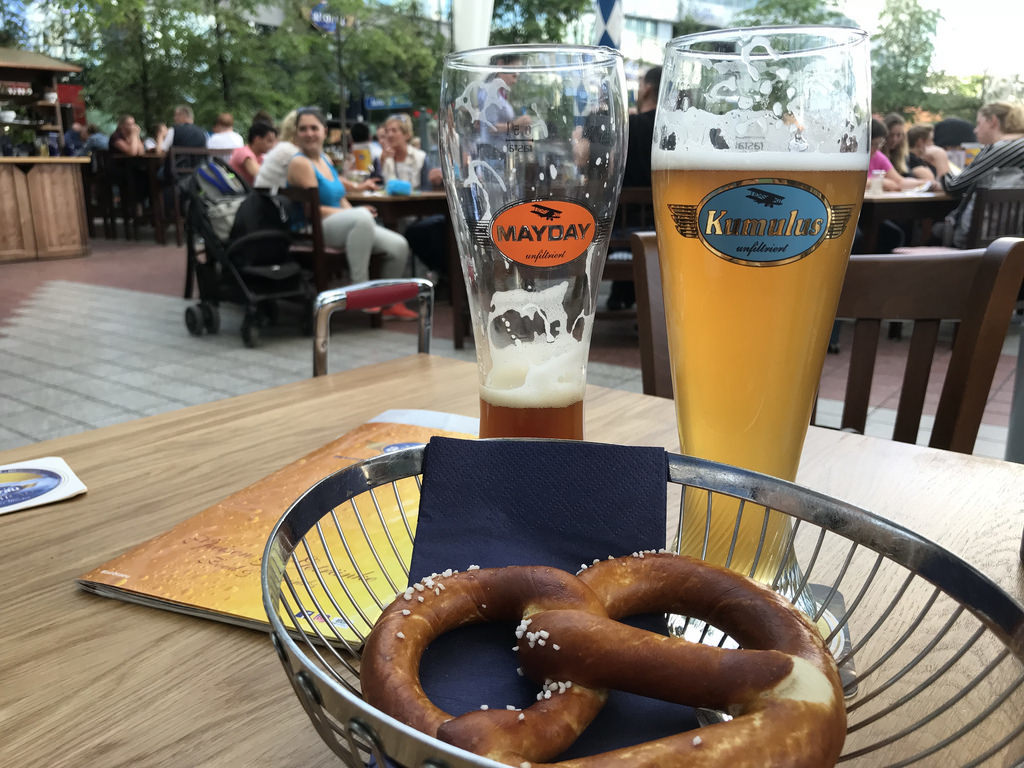 What to eat in Munich - Beer and pretzels