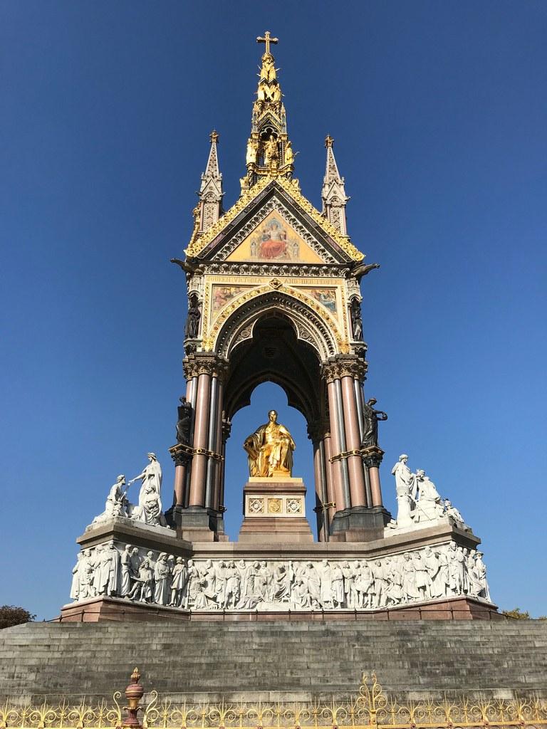 Albert Memorial in Kensington Gardens Photo: Heatheronhertravels.com