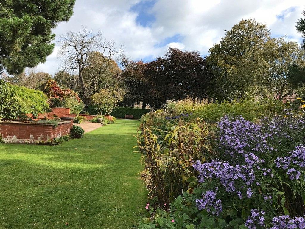 Cruickshank Botanic Garden Aberdeen - weekend in Aberdeen with Flybmi
