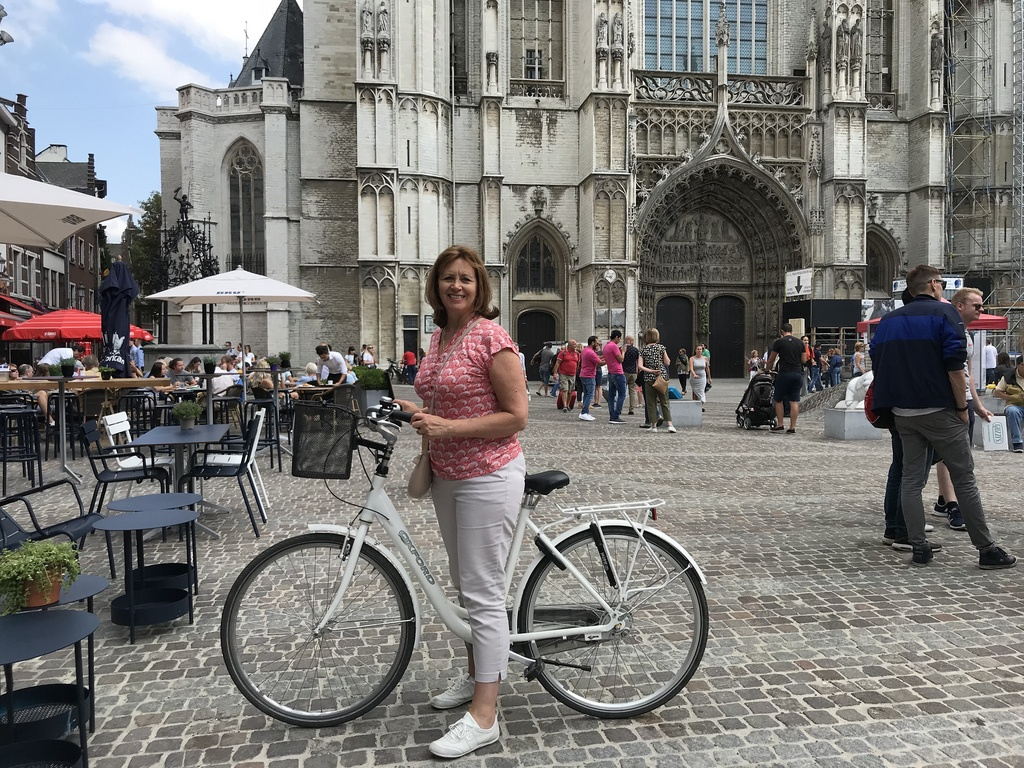 Cycle tour of Antwerp