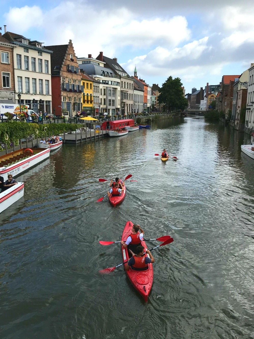 Kayaks on the canal in Ghent Photo Heatheronhertravels.com