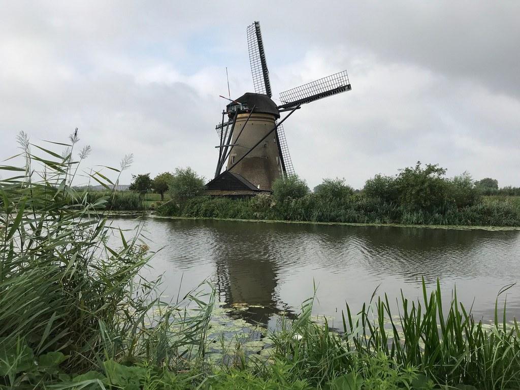 Kinderdijk windmills Holland Photo Heatheronhertravels.com