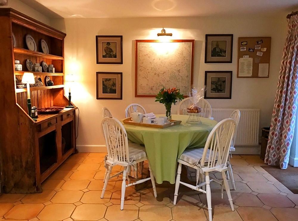 Kitchen Aintree - Bruern Cottages - Photo Heatheronhertravels.com