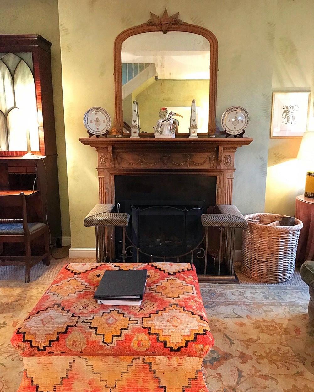 Living room Aintree - Bruern Cottages - Photo Heatheronhertravels.com