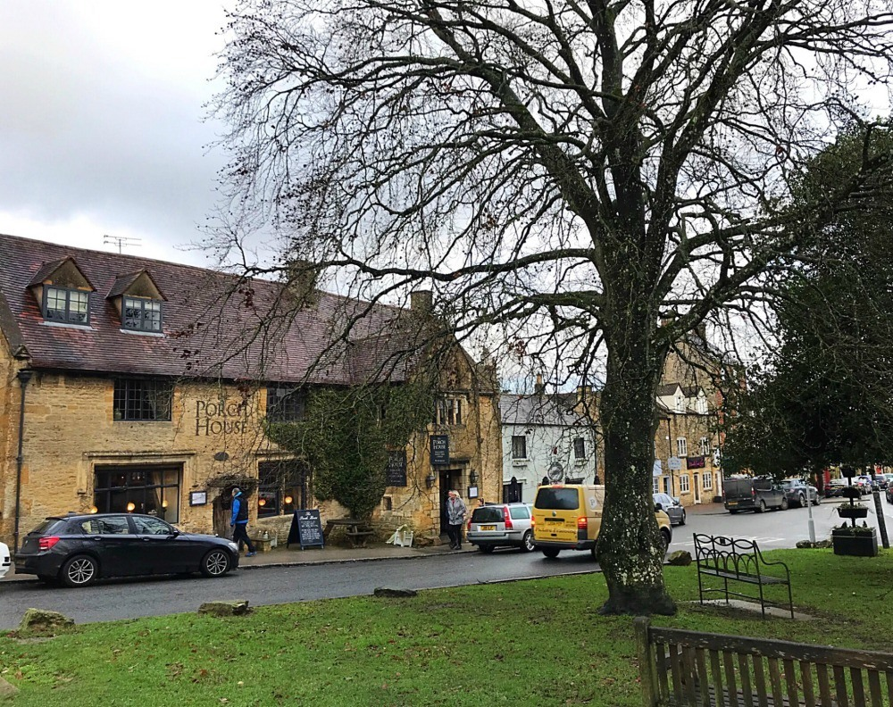 Stow on the wold - Michael Paul Holidays - Bruern Cottages - Photo Heatheronhertravels.com