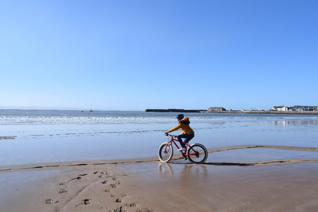 Fat Bikes at Porthcawl Photo Part-timepassport.com