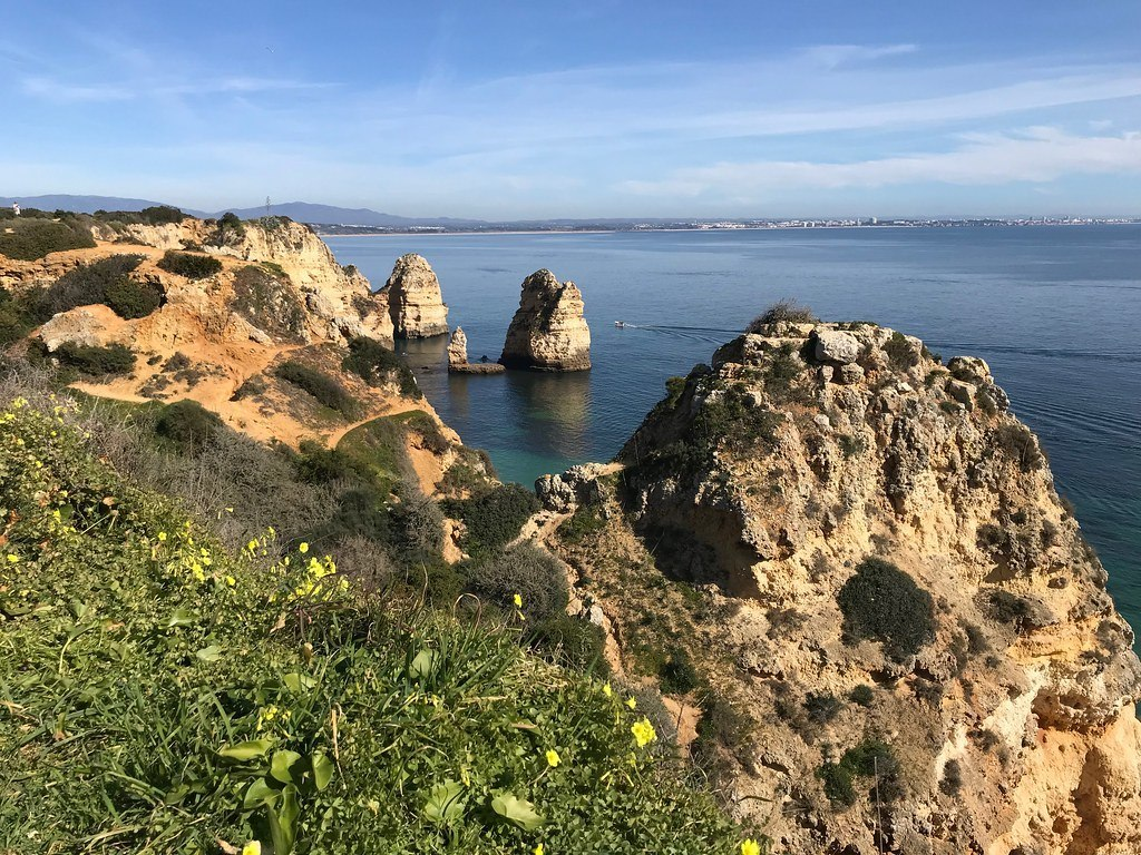 Algarve beaches and boat trips