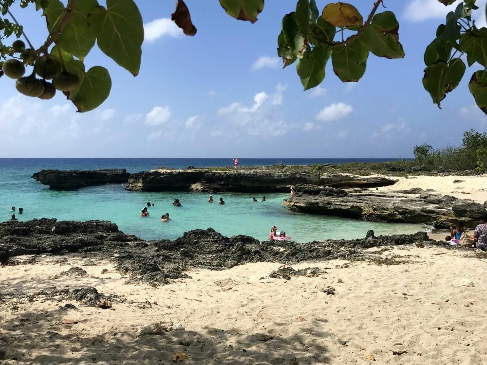 Smith Cove on Grand Cayman, Cayman Islands Photo Heatheronhertravels.com