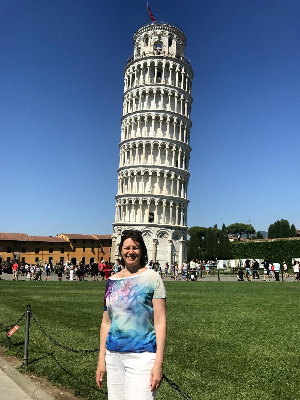 What to see in Pisa - Leaning tower of Pisa Photo Heatheronhertravels.com