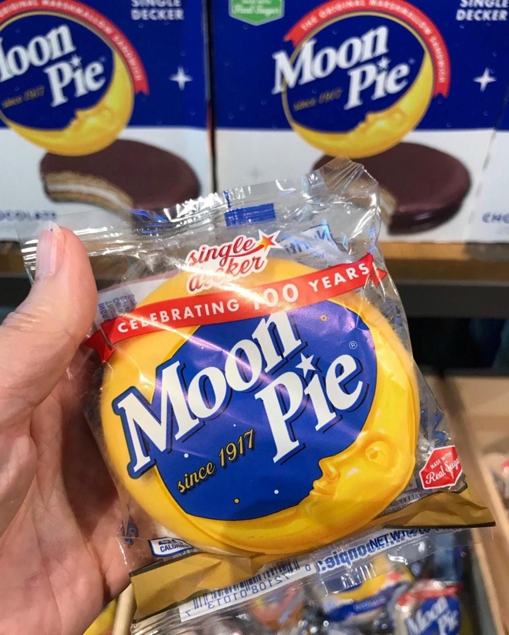 Moon-pie in Mobile Alabama Photo Heatheronhertravels