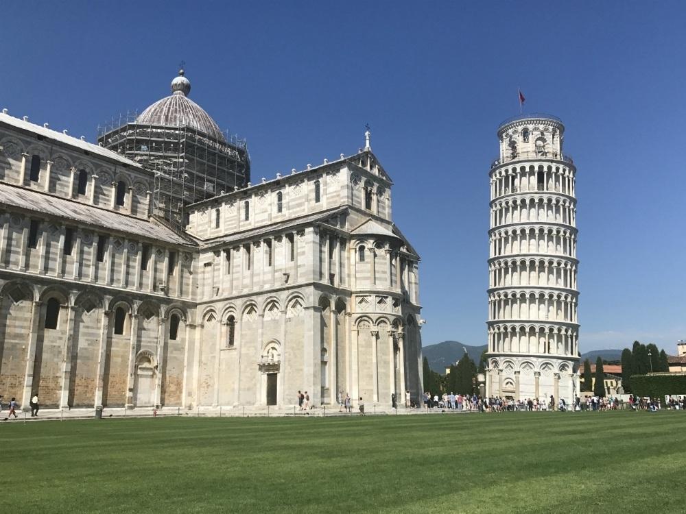 What to do in Pisa - The Duomo in Pisa Photo Heatheronhertravels.com