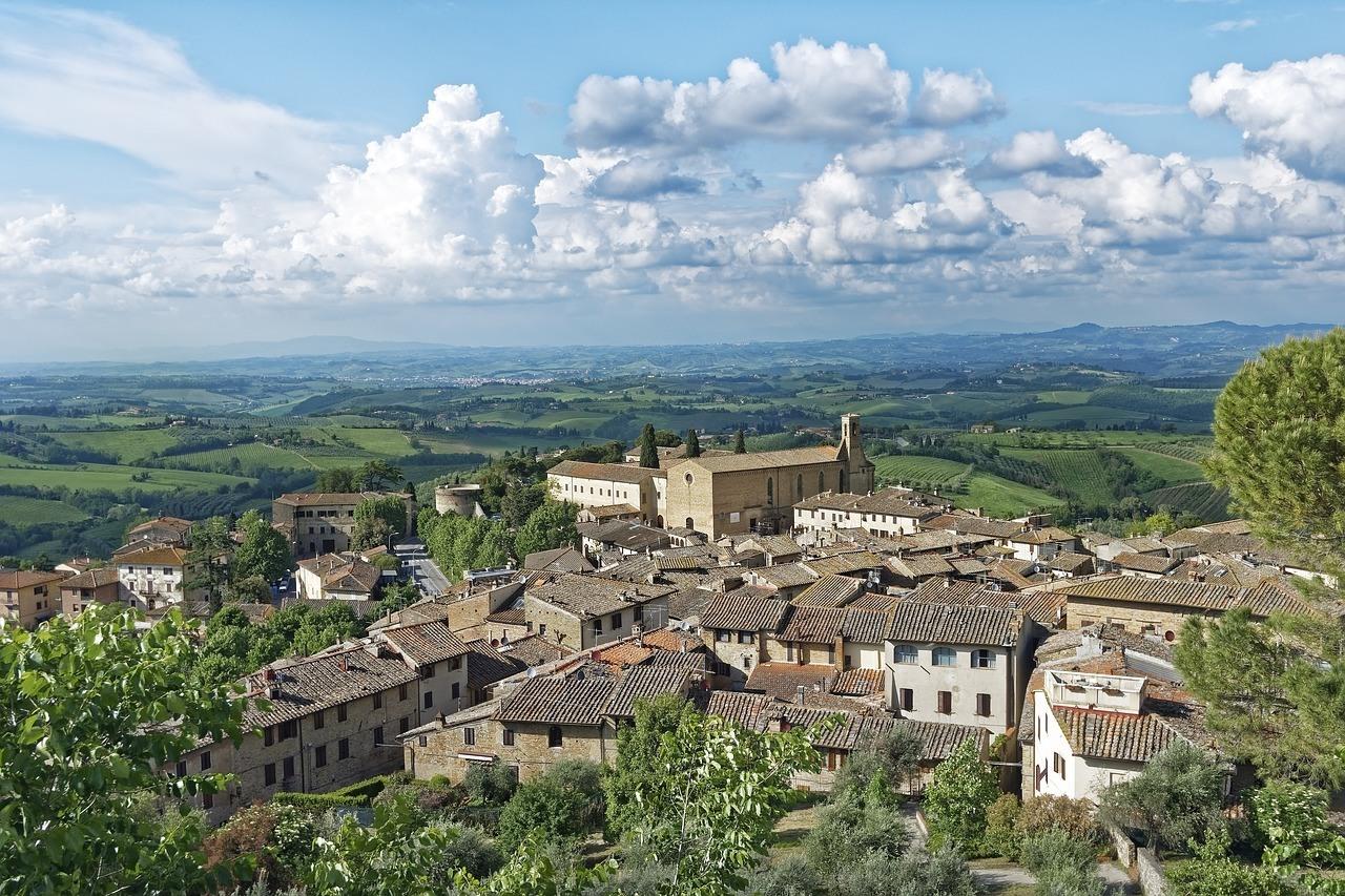 San Gimignano in Italy by 680451 on Pixabay