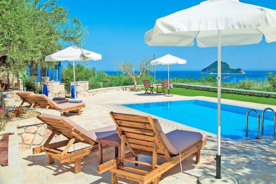 Villas in Zakynthos with Clickstay