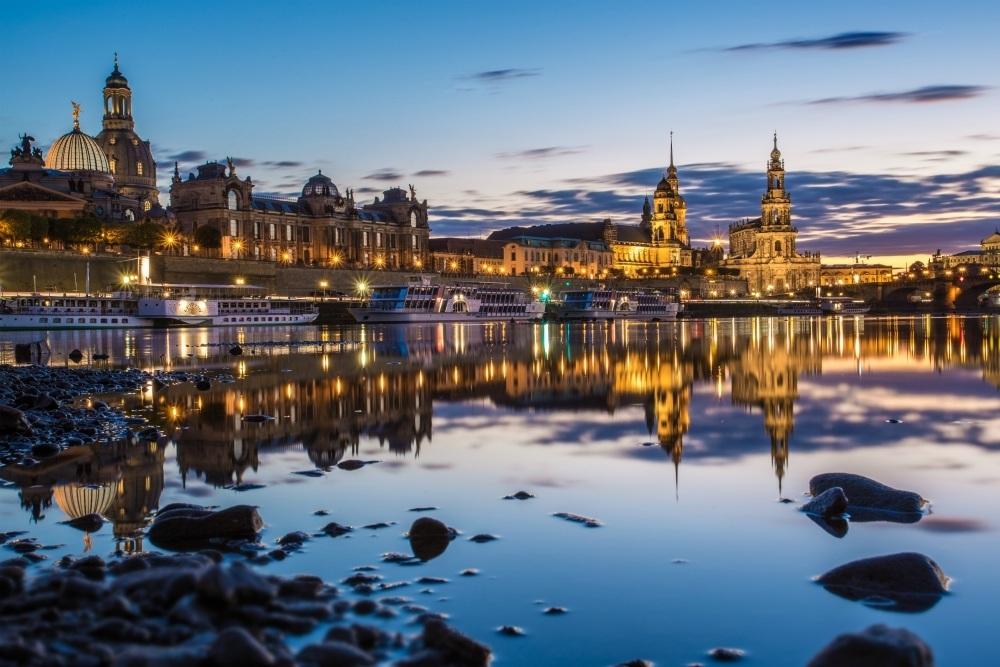 Dresden Skyline from the river Photo: S.Niedrigwasser