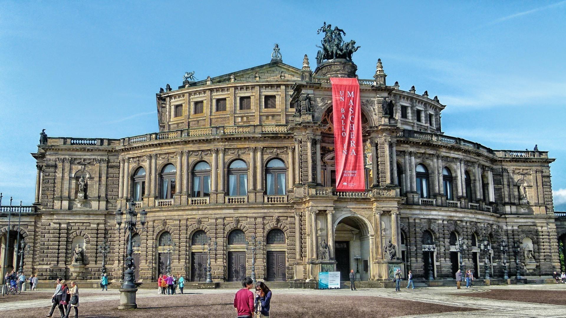 Semperoper in Dresden Photo Pixabay David Mark