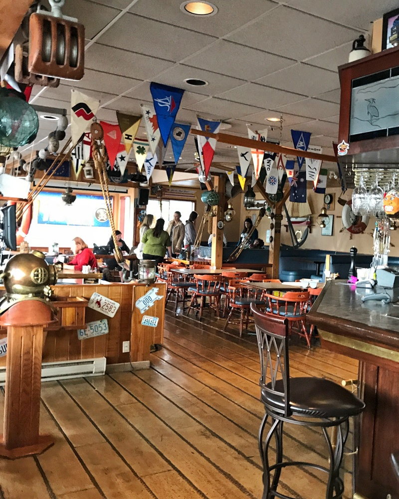 Dingy Dock Pub in Nanaimo BC Canada Photo: Heatheronhertravels.com