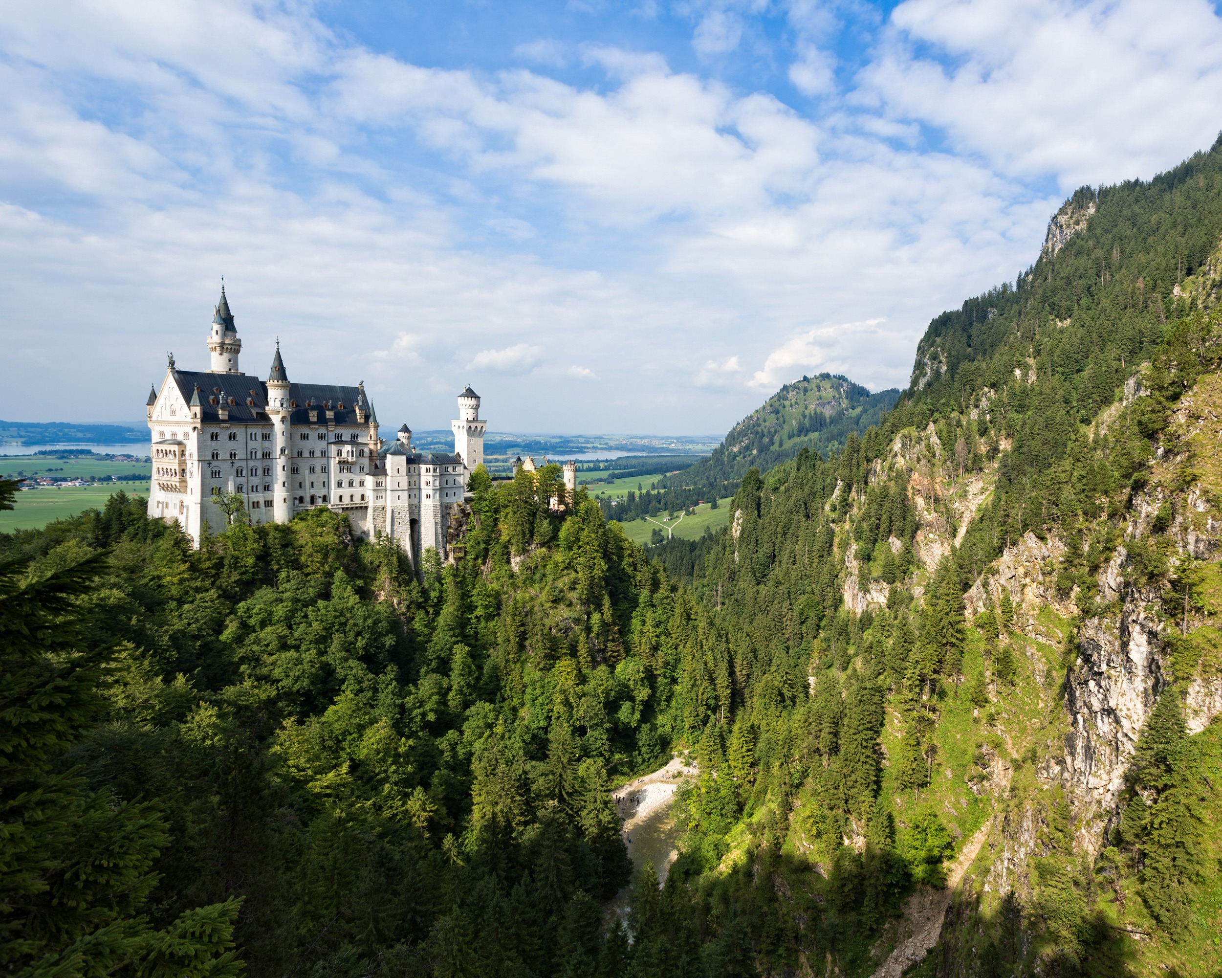 Neuschwanstein Castle in Germany Photo Iankelsall1 on Pixabay