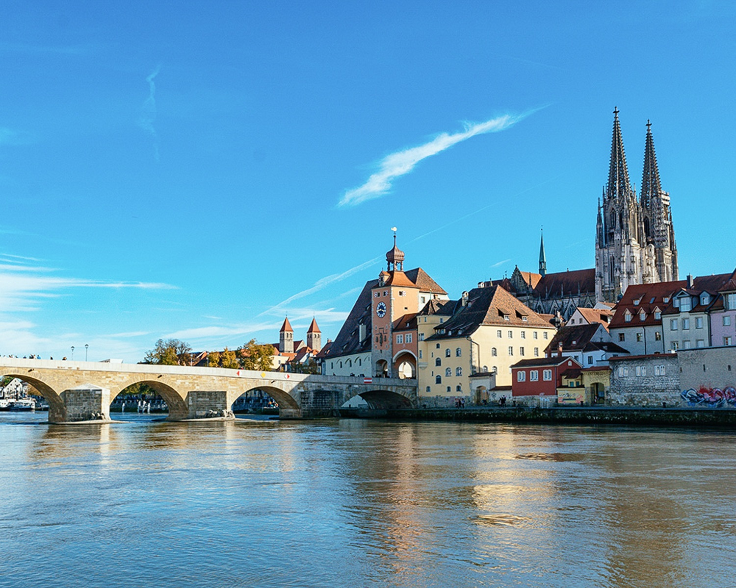 Regensburg and the Old Maine Bridge Photo: Annees de Pelerinage