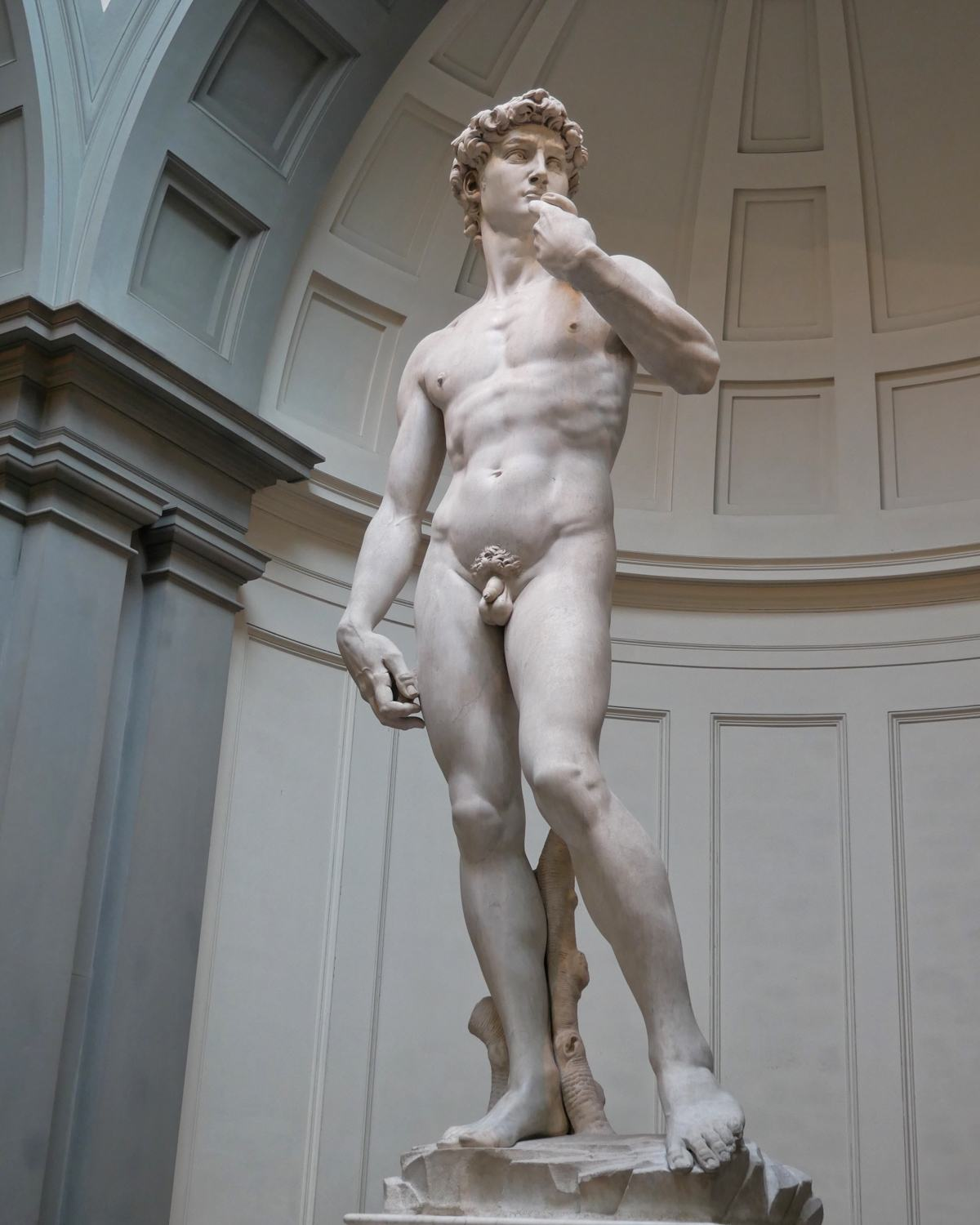 David at Galleria dell'Accademia in Florence, Italy Photo Heatheronhertravels.com